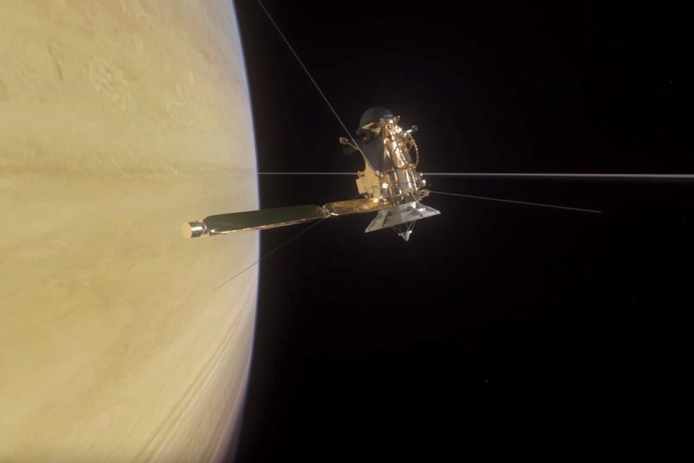 Viaje histórico: la sonda Cassini logra adentrarse en los anillos de Saturno