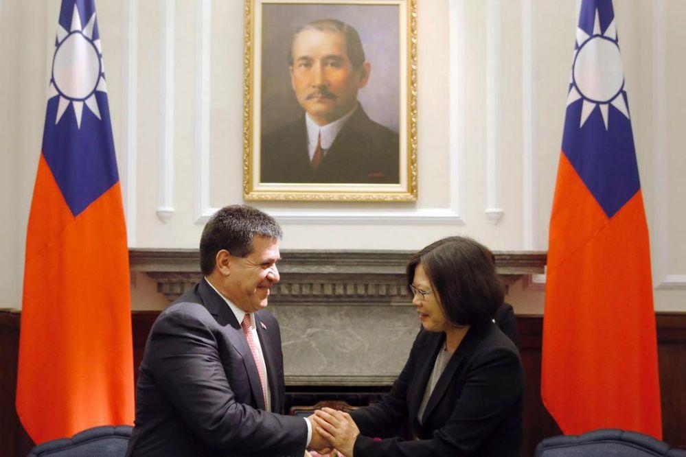 Presidente de Paraguay, en Taipei — Taiwán