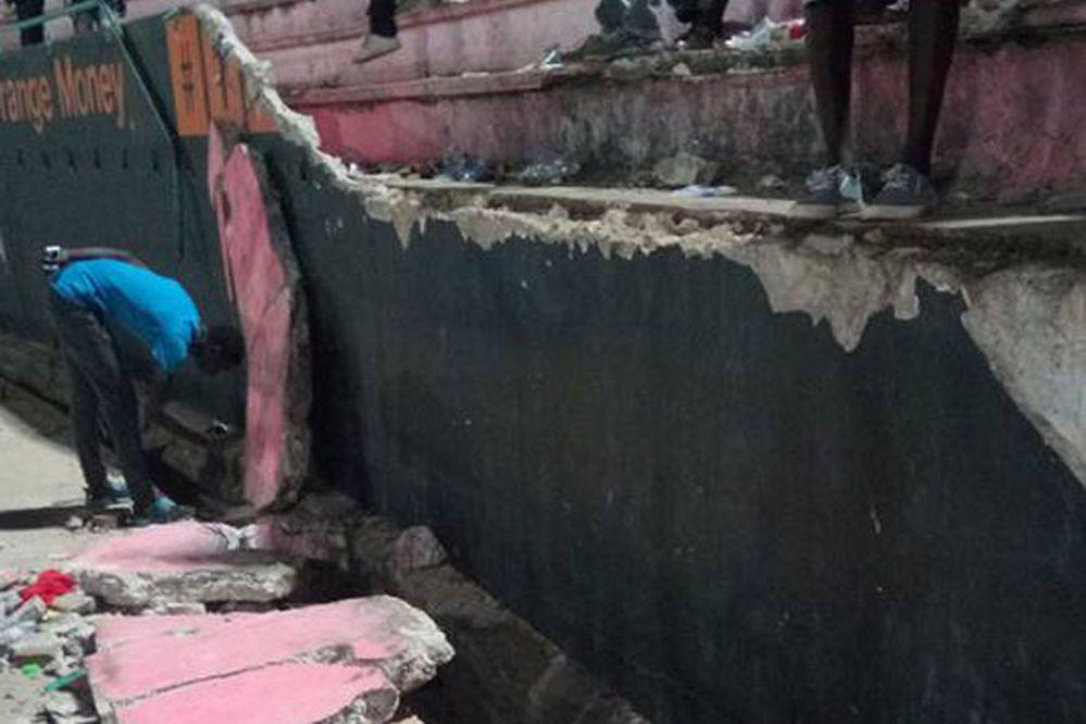 Estampida provocó la muerte de 8 hinchas en estadio senegalés