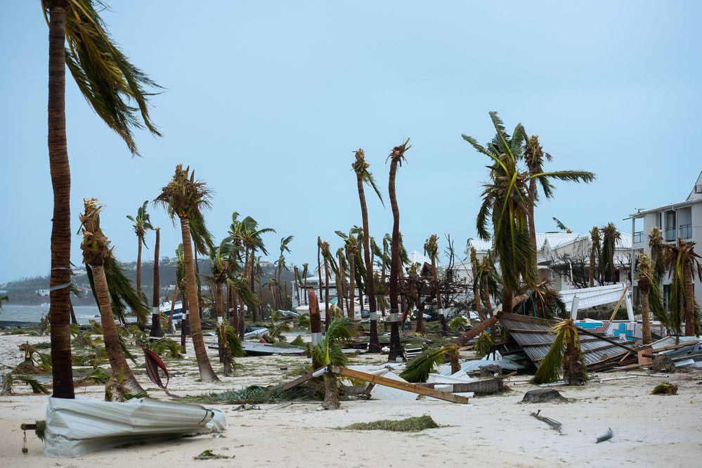 Huracán Irma deja varios muertos y devastación en islas del Caribe