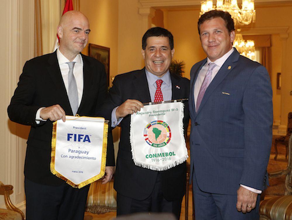 Presidente paraguayo insistirá en sede conjunta Mundial de fútbol