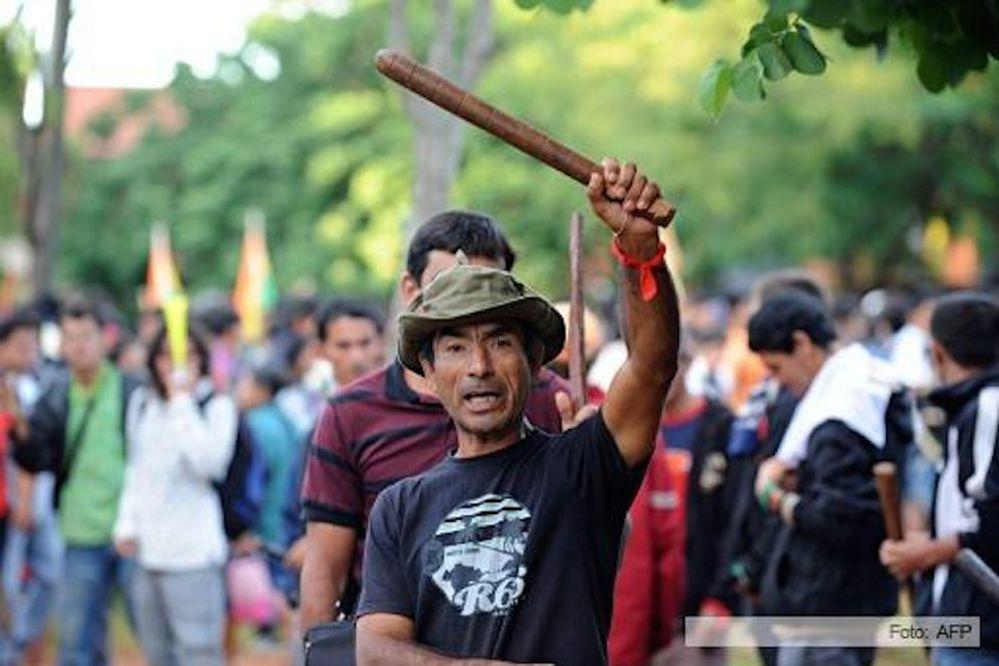 Campesinos paraguayos marcharán, policía amenaza con impedirlo